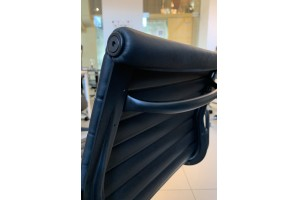 Кресло Eames Style Ribbed Office Chair EA 119 Total Black